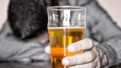 parar com o álcool